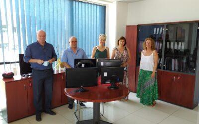 Δωρεά ηλεκτρονικών υπολογιστών από τον ΟΣΕΘ σε τρεις σχολικές μονάδες της Θεσσαλονίκης